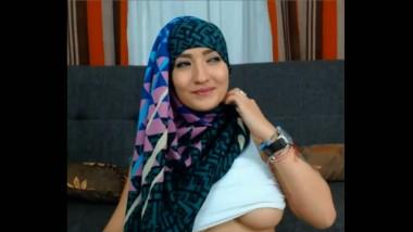 Huge boobs Kashmiri model's audition