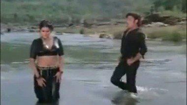 Asha Sachde bathing in river : hot Bollywood actress