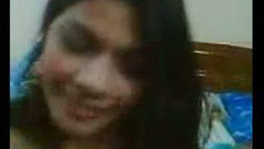 Young desi girl exposing nude body to boyfriend
