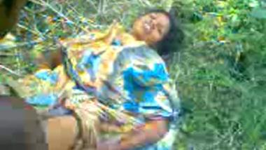 Forest adivasi man fucks mature lady