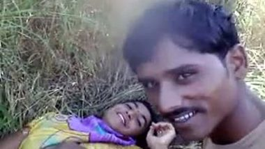 Village girl's outdoor hardcore sex with lover