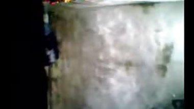 Hot desi chick bathing naked spy cam nice video