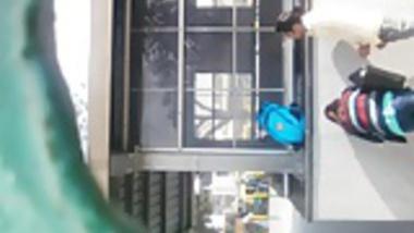 Desi Hoot Girl Giving BJ near Station Realy Daring