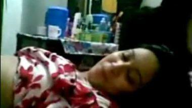 Bhabhi sex video of a horny woman and her devar