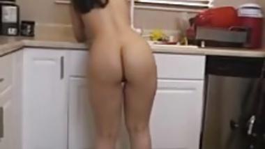 Nadia ali Hot