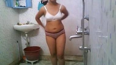 Indian College Babe In Hostel Shower