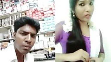 Dubmash Tamil by Tamil Aunty with flashing boobs