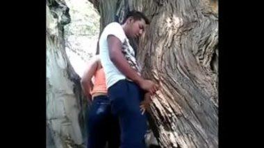 Mumbai Teens Fucking Outside The College