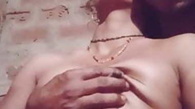 Rekhaabhabhi boob massage with husband.