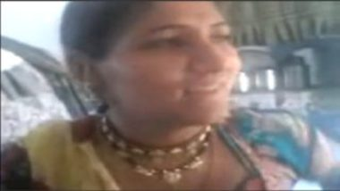 Sexy Marwadi Village Wife Showing Boobs And Pussy For Cash