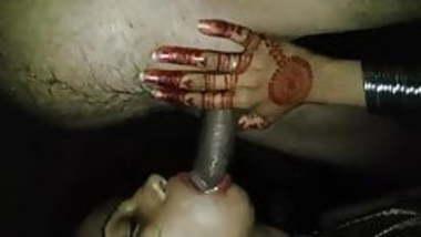 Married indian slut sucking coworker's cock