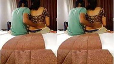 Today Exclusive-Desi Cpl Romance In Hotel Par...