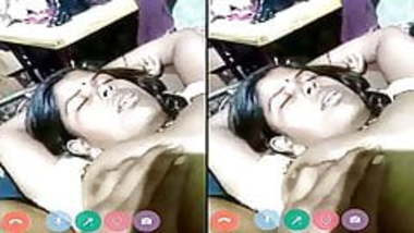 Today Exclusive- Desi Village Couple Showing ...