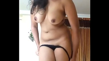 Indian Tamanna Sonia Form Bangalore Show Boobs And Pussy