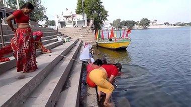 Indian old aunties bathing gonga openly. BIG ASS & BOOBS!!!