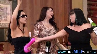 Sexy Milf (india summer) Have Sex With Huge Dick Stud video-17