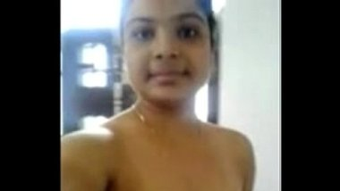 girlfriend naked show