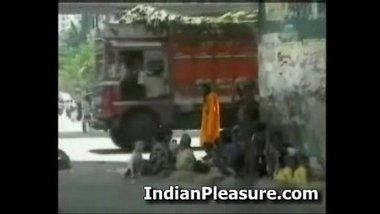 Hot Desi Bombay Muschies