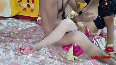 Indian Newly married bhabhi fucking hotel room wedding night sex inyoy