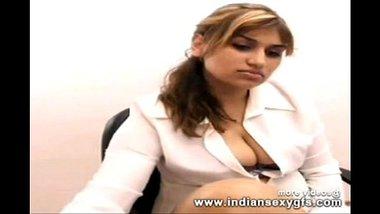Anupama Bangalore indian babe expose live sex webcam chat - indiansexygfs.com