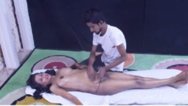 Pregnant indian wife sex with massage guy