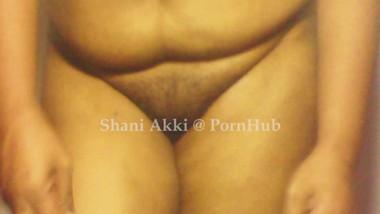 Sri lankan panties changing | ශානි අක්කිගෙ ජංගි මාරුව