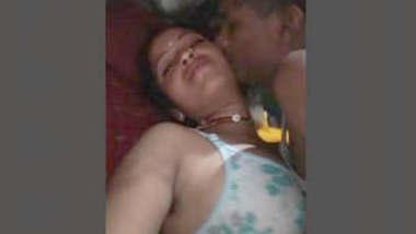 Sexy Bhabhi Fucked By Dewar