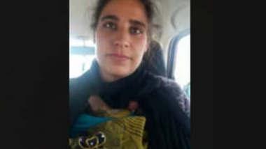 Beautiful Kashmiri Girl Fucking Inside Car