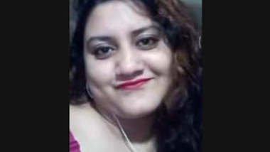 Unfaithful Married Bangladeshi Beautiful Bhabi From Narayanganj Showing On videoCall With Lover