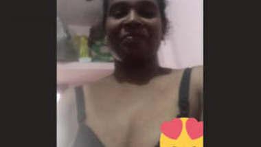 Desi Mature bhabhi 2 clips part 2