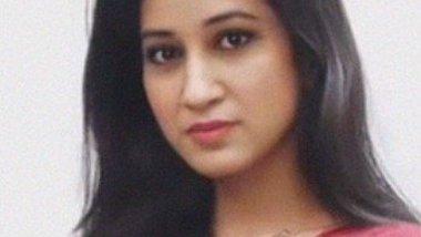 NRI girl residing in Delhi showing nude (Merged)