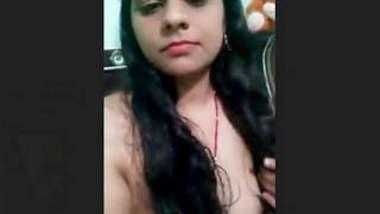 Desi Bhabhi Deepika Strip Selfie