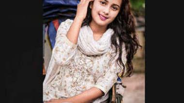 Beautiful Bangladeshi Girl Showing On VideoCall Clear Bangla Phone Sex
