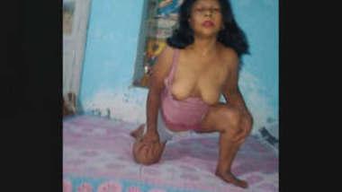 Desi Randi Bhabhi 2 New Clips Part 2
