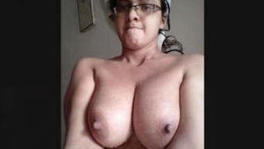 Sexy Paki Girl Mustarbting Video