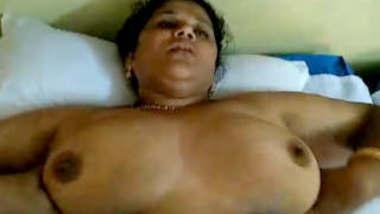 Horny Desi Mallu Bhabhi Fucked In Hotel New leaked MMs Part 2
