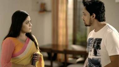 Fareb – NueFliks Hindi BF movie