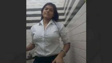 Desi Indian Hot Girlfriend striping n fingering Video part 1