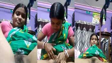 Bangla wife showing pussy MMS video