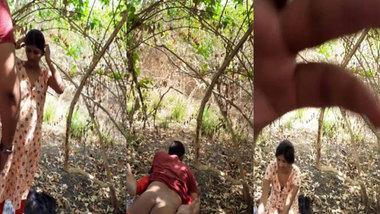 Desi lovers outdoor fun MMS sex video