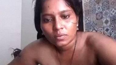 Bathing maid solo clip