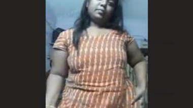 Mature Bhabhi Fingering Part 2
