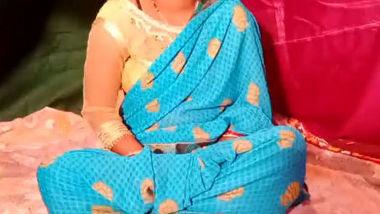 Desi village bhabi fucking with husband best friend1