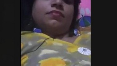 Desi Girl Showing Pussy On Video Call