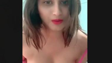 Beautiful girl show boob