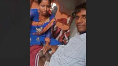 Desi bhabhi blowjob and changing dress 1
