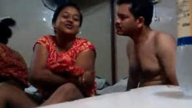 Indian Couple Hidden Cams romance