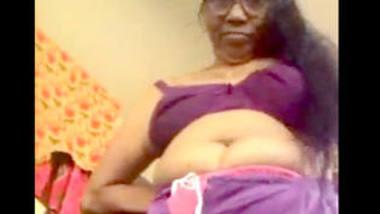 Desi hot sexy aunty change her clth