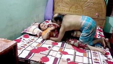 Desi village aunty before fucking romance
