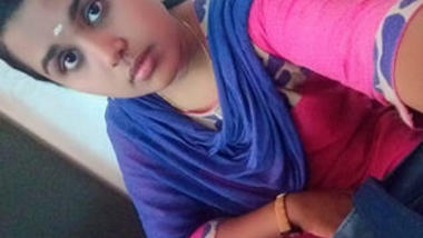 Desi cute collage girl show her nude body